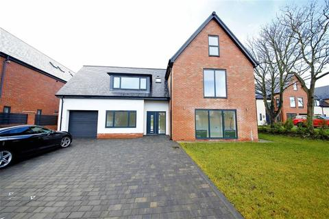 6 bedroom detached house for sale - Belford Close, Ashbrooke, Sunderland, SR2