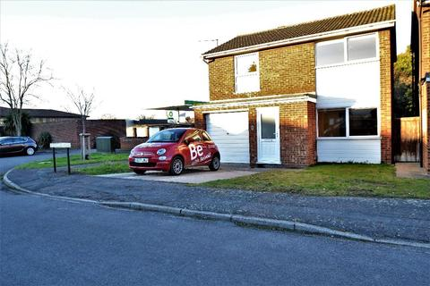 3 bedroom house to rent - Rothleigh Road, Cambridge