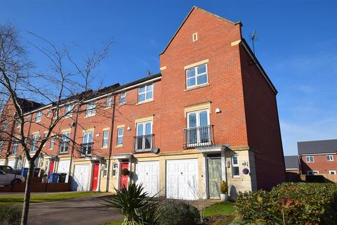 3 bedroom house for sale - Starflower Way, Mickleover, Derby