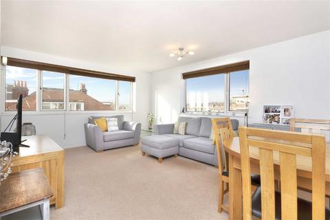 2 bedroom flat for sale - Cromwell Court, Hove
