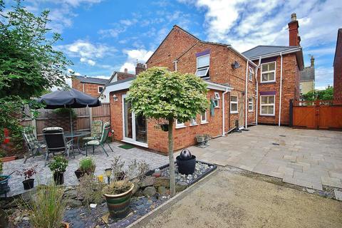 4 bedroom detached house for sale - Cross Street, Spalding