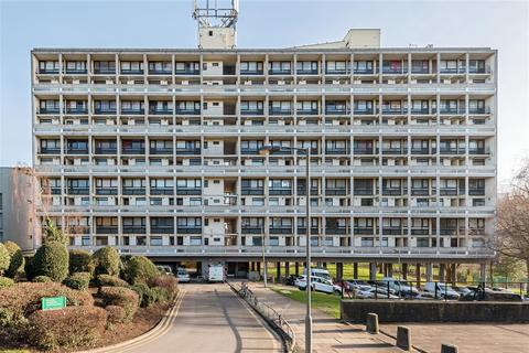 2 bedroom flat for sale - Highcliffe Drive, Roehampton