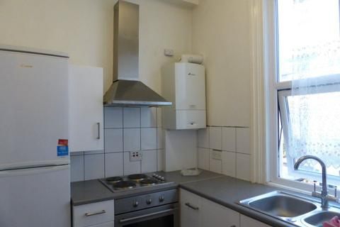 2 bedroom flat to rent - Lewes Road - P1517