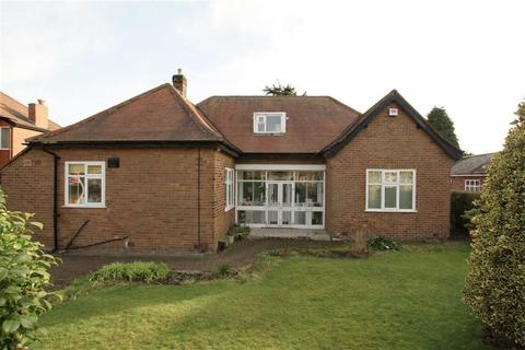 4 bedroom detached bungalow for sale - Cecil Avenue, Sale