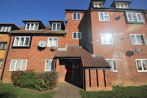 2 bedroom house to rent - Springwood Crescent, Edgware