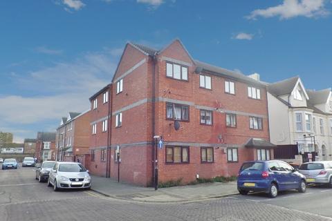 Studio to rent - Grafton Road, Bedford