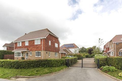 5 bedroom detached house for sale - Angel Heights, Hawkinge, Folkestone, CT18