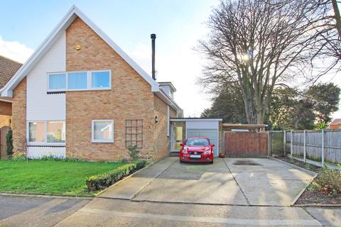 3 bedroom detached house for sale - Harrow Dene, Broadstairs, CT10