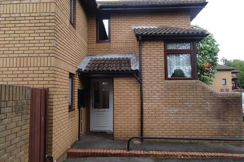 2 bedroom ground floor flat to rent - Clarke Drive, Frenchay, BRISTOL