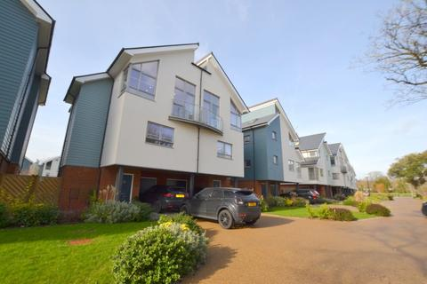 3 bedroom semi-detached house for sale - Imperial Gardens, Hythe