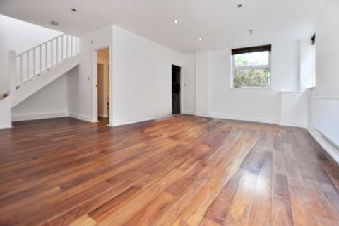 2 bedroom semi-detached house to rent - Lauriston Road, London E9