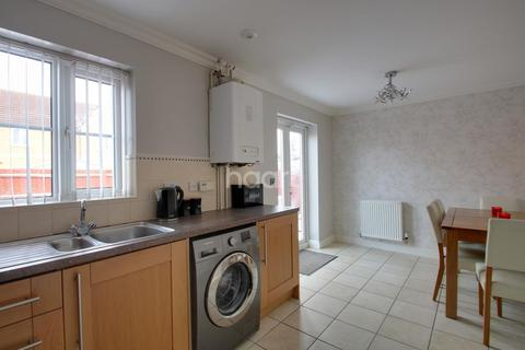 3 bedroom semi-detached house for sale - Copperfields, Wisbech