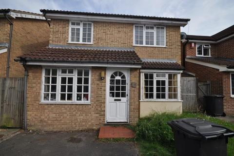 4 bedroom detached house to rent - Abbey Gardens Canterbury CT2