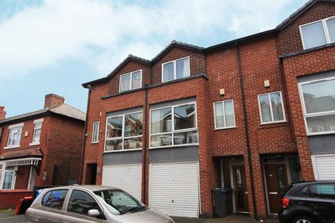 3 bedroom townhouse for sale - Mentor Street, Manchester, M13