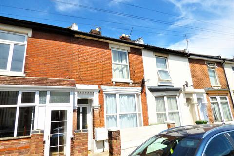 3 bedroom terraced house to rent - Clive Road