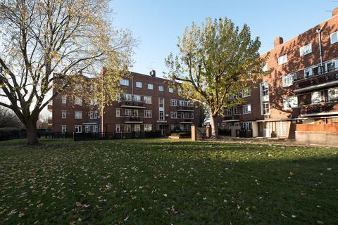 3 bedroom flat for sale - Cornwallis Crescent