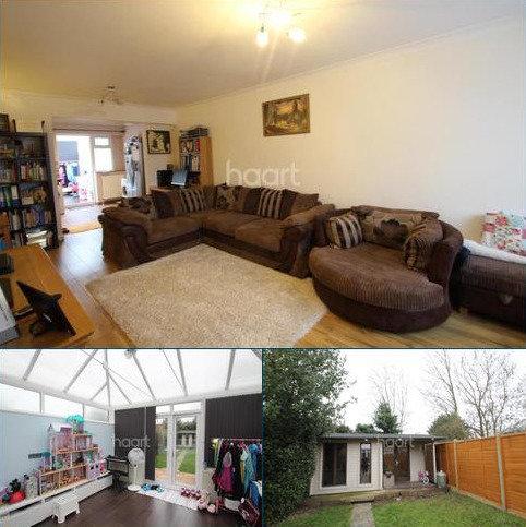 2 bedroom semi-detached house to rent - Warwick Crescent, UB4