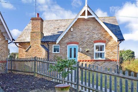 3 bedroom detached house for sale - Heronden View, Eastry, Sandwich, Kent