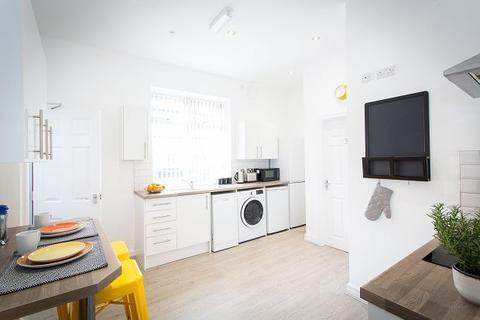 1 bedroom house share to rent - Hanson Street, Bury, BL9 6LR