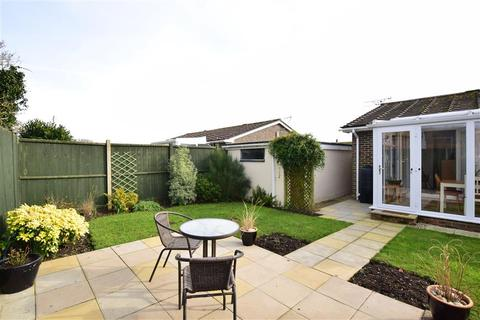 2 bedroom semi-detached bungalow for sale - Grebe Crescent, Hythe, Kent