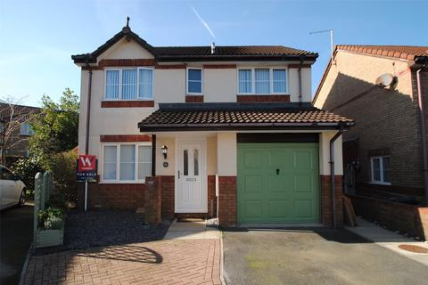 4 bedroom detached house for sale - Kilnwood Park, Roundswell