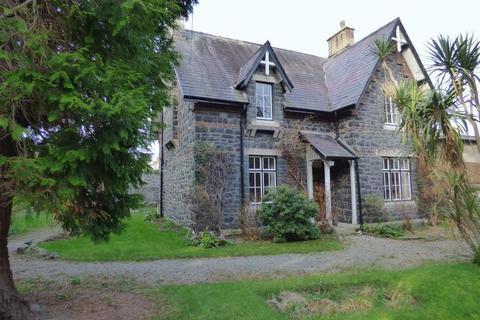 3 bedroom detached house for sale - Bron Ardd, Station Road, Llanfairfechan LL33 0AL