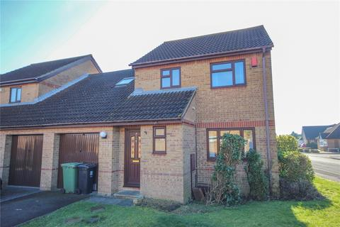 4 bedroom semi-detached house to rent - Paddock Close, Bradley Stoke, Bristol, South Gloucestershire, BS32
