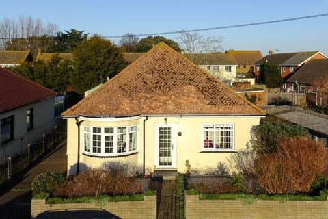 2 bedroom detached bungalow for sale - Haven Drive, Bishopstone Lane, Herne Bay