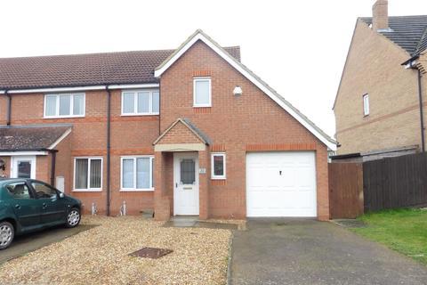 3 bedroom semi-detached house to rent - Tewkesbury Drive, Rushden, Northants