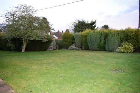 3 bedroom bungalow to rent - Kirton Road, Greetwell