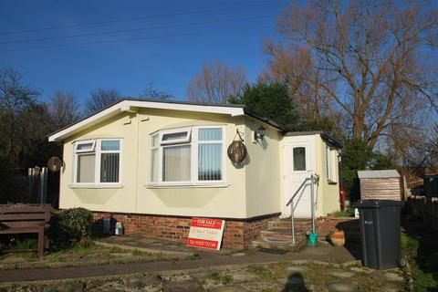 2 bedroom park home for sale - Williams Way, Frodsham