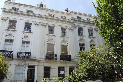 Studio to rent - Montpelier Road, Brighton