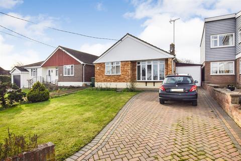 2 bedroom detached bungalow for sale - Fambridge Road, Maldon