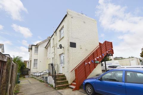 2 bedroom ground floor flat to rent - Shanklin, Isle Of Wight