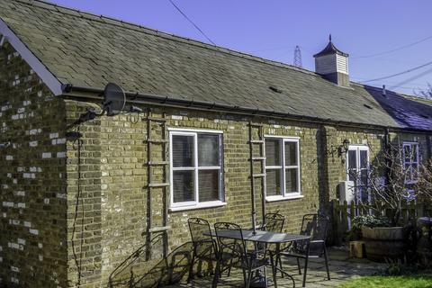 2 bedroom barn conversion for sale - Park Corner Road, Southfleet, Gravesend