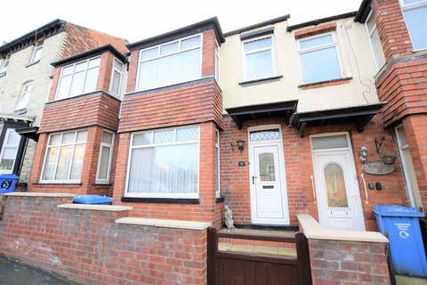 3 bedroom terraced house for sale - Norwood Street, Scarborough
