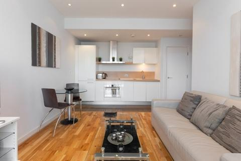 1 bedroom apartment to rent - Cubitt Building , Grosvenor Waterside