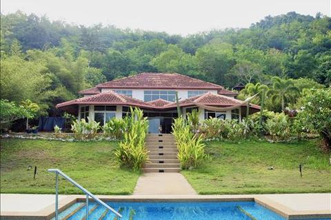 6 bedroom villa  - Jalan Makan Mahsuri, Ulu Melaka, Langkawi