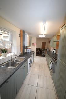 5 bedroom terraced house to rent - Student Property - Walton Road, Sheffield S11