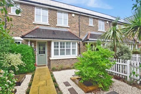 4 bedroom end of terrace house to rent - Cardinal Walk Kings Hill ME19