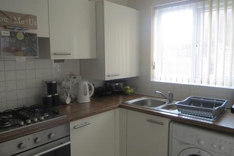 2 bedroom terraced house to rent - Two bedroomed house in popular location