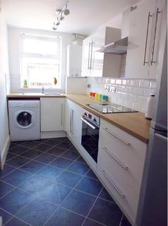 4 bedroom terraced house to rent - Eastwood Road, Sheffield S11