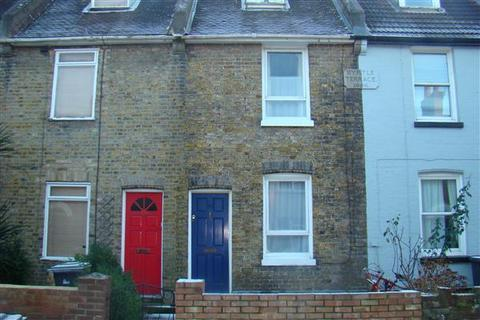 3 bedroom terraced house to rent - Black Griffin Lane, Canterbury