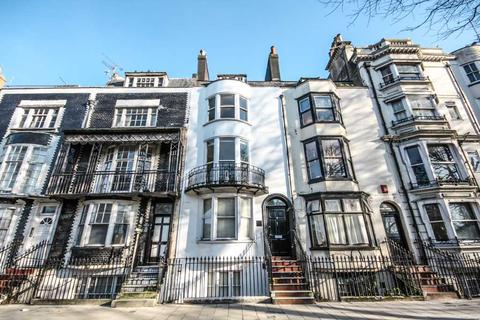 1 bedroom flat for sale - Grand Parade, Brighton