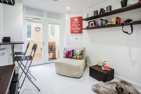1 bedroom apartment to rent - Albany House, 41 Judd Street, Kings Cross, London, WC1H