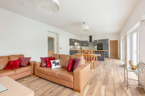 3 bedroom detached bungalow for sale - 134 Lasswade Road, Liberton, EH16 6QY