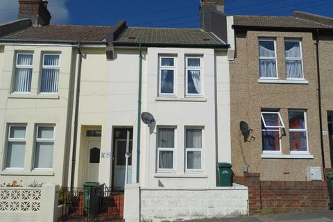 3 bedroom terraced house to rent - Ladysmith Road, Coombe Road