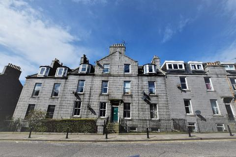2 bedroom flat to rent - Crown Street, City Centre, Aberdeen, AB11 6HX