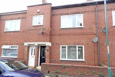 2 bedroom flat for sale - Breamish Street, Jarrow, Tyne & Wear, NE325SH