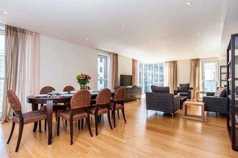 3 bedroom flat to rent - Baker Street, Marylebone, London